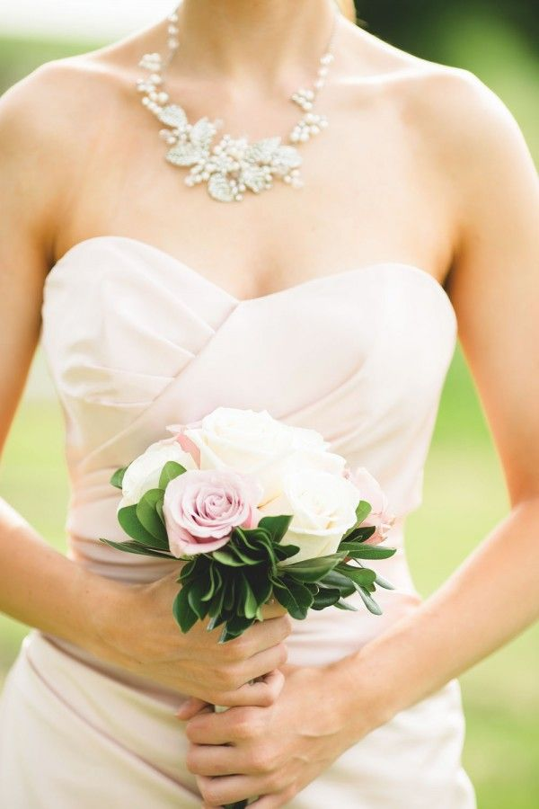 Simple and lovely pink and white bouquet