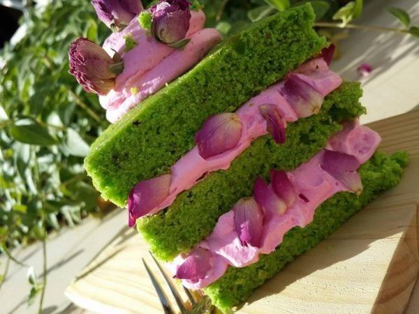 كيكة الفستق من رؤى بنات Amazing pistachio cake