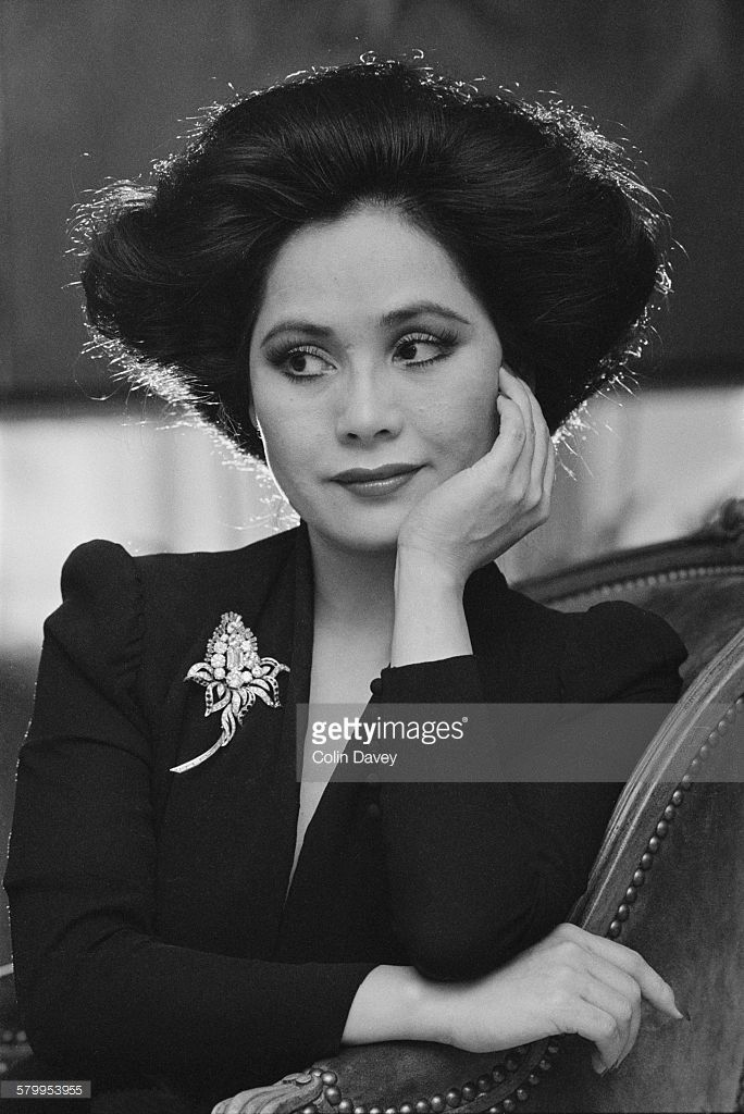 Japanese businesswoman Dewi Sukarno, the widow of Sukarno, first President of Indonesia, circa 1980.