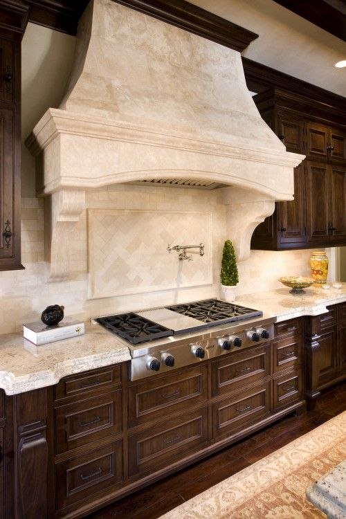 Love the hood and backsplash dream home kitchen ideas for Italian kitchen hood