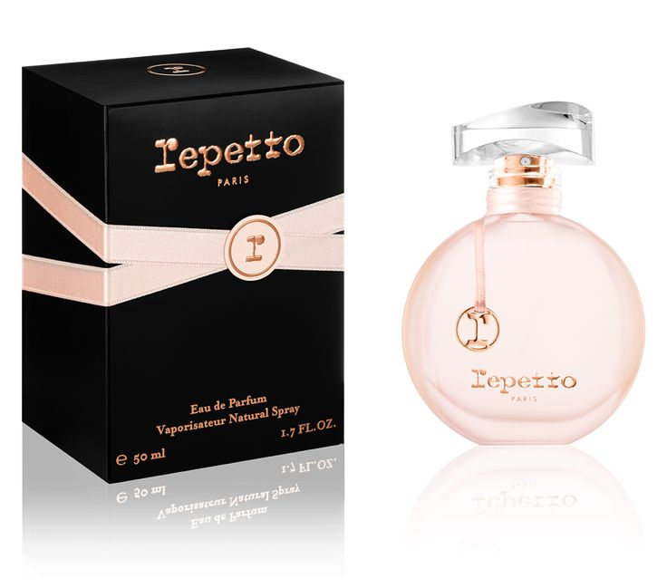 The Eau de Parfum Repetto - Top notes: 'entrechats' of plum and cherry blossom / Heart notes: absolute of rose fusing with orange blossom / Base notes: a sensual 'pas de deux' between Patchouli and the warmth of amber wood