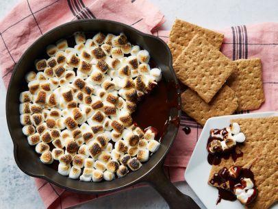Toasty S'mores Dessert Dip