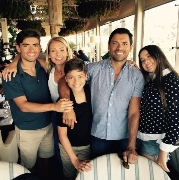 From left: Michael Consuelos, Kelly Ripa, Joaquin Consuelos, Mark Consuelos, and Lola Consuelos (Photo: Instagram)