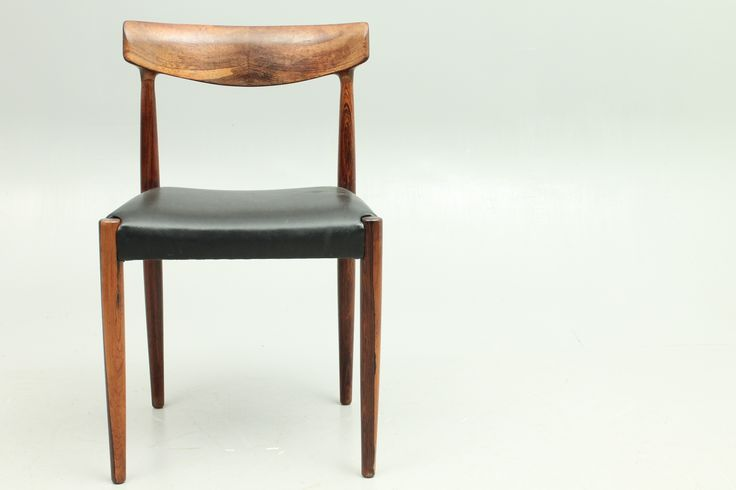 Side chair in rosewood and original leather. Design by Knud Færch and manufactured by Slagelse Møbelværk, Denmark. www.reModern.dk