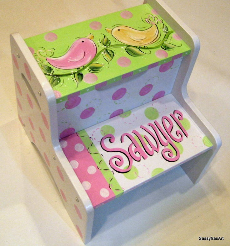 love her birds - Hand Painted Birdies Step Stool. $79.99 via Etsy. & 96 best Handmade Stools images on Pinterest | Painted furniture ... islam-shia.org