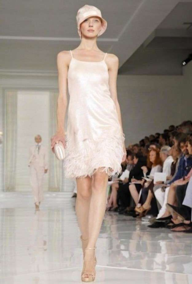 Vuelve a la moda el estilo años 20: fotos de los looks - Vestido blanco Ralph Lauren