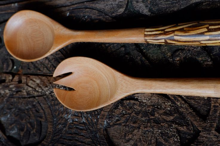 handcraft mahogany wood salad fork and spoon inlay with white coconut shell