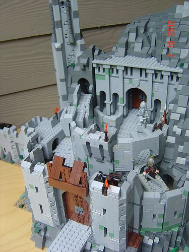 LEGO Lord of the Rings Helm's Deep - A Lego a DayA Lego a Day