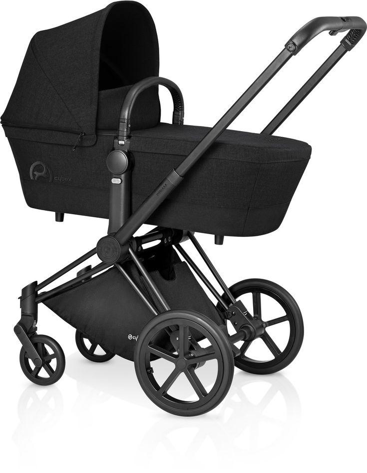 Cybex Priam Kinderwagen Set Schwarz / Stardust Black mit Babywanne. Mehr Infos auf https://www.kleinefabriek.com/.