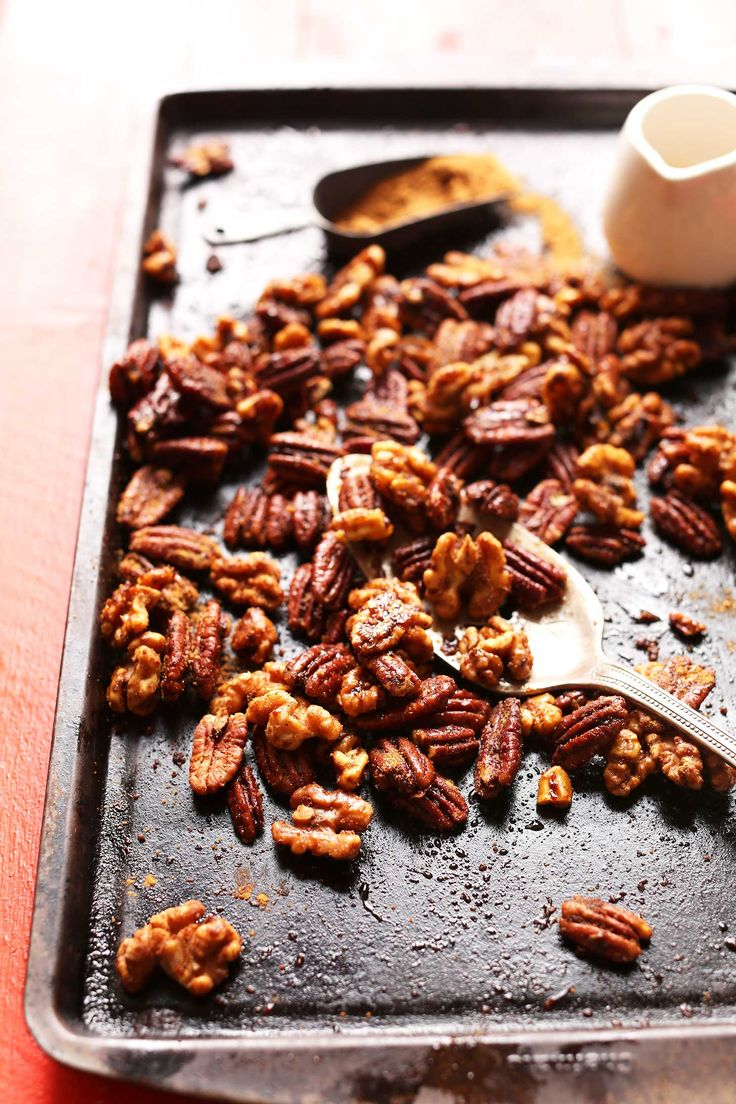 EASY EASY Candied Roasted Nuts! 1 Pan, no bowl required. SO easy   delicious! #holiday #gift #recipe #nuts