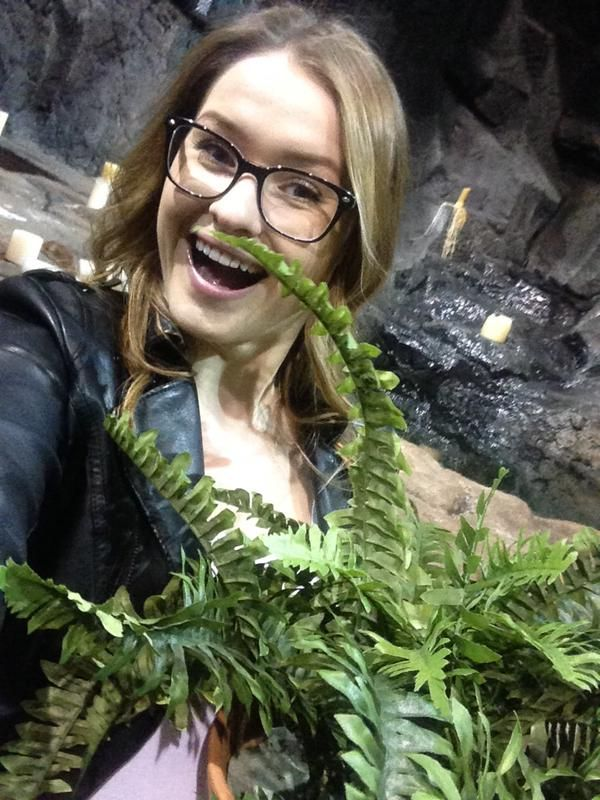 Throw back to when we revived the fern in the Lazarus pit! #TBT #Arrow #TheFern @ArrowProdOffice