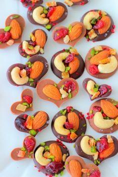 「朝ドラまれの「塩チョコ」おうちアレンジ」あいりおー | お菓子・パンのレシピや作り方【corecle*コレクル】