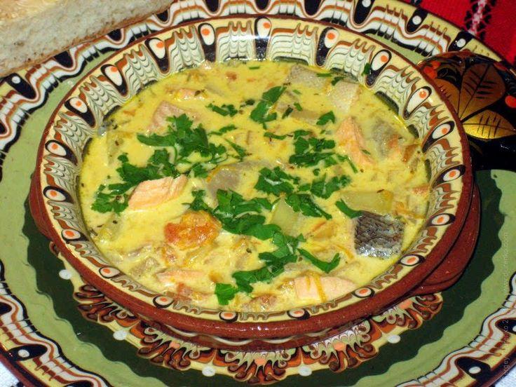 Этот суп взял немного от марсельской ухи, немного от русской традиционной, немного от американского крем-супа из морепродуктов Clam chowder.