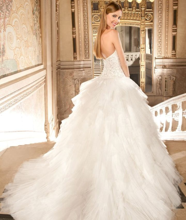 http://www.modwedding.com/2014/10/29/demetrios-wedding-dresses-intricate-crystal-beading/ #wedding #weddings #wedding_dress