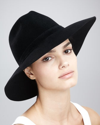 The Nero wide-brim fedora by Gucci. Loving the way this hat sits with the more rigid brim.