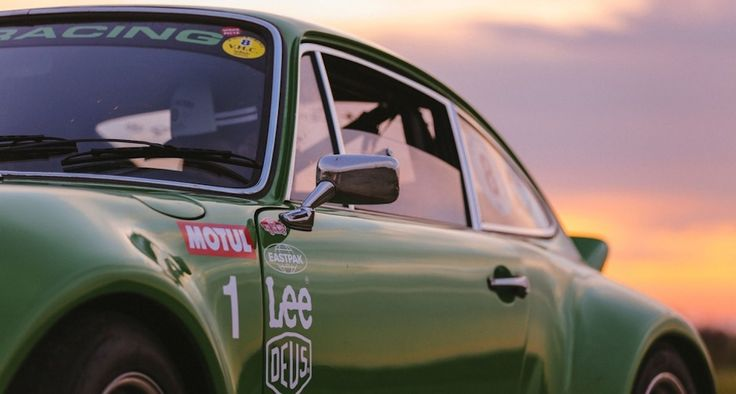 Vintage Porsche 911 ready to drive off into the sunset.