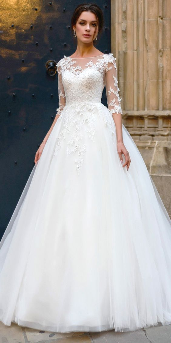 Attractive Tulle Bateau Neckline A-line Wedding Dress With Lace Appliques & Beading 3D Flowers