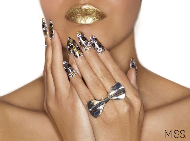 Metallic Kisses Camo MISS x MINX Nail Wraps
