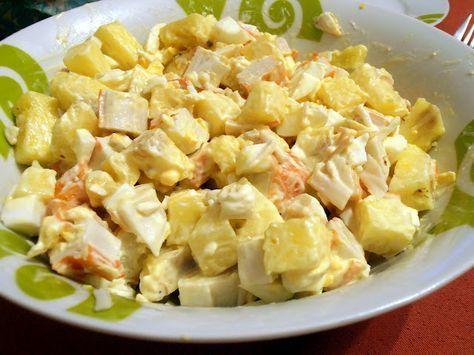 Ensalada de Cangrejo y Piña : Piña natural, huevos duros, cangrejo y mayonesa