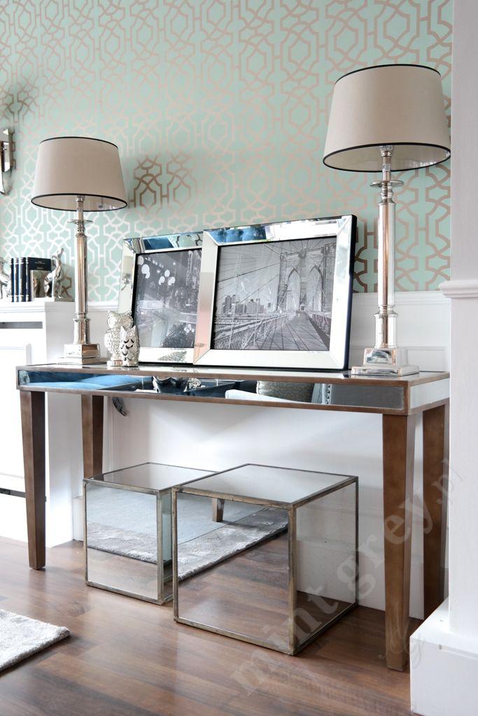 MINT GREY New York Style Interiors   produkty - meble; Lustrzana Konsola; Mirror Console