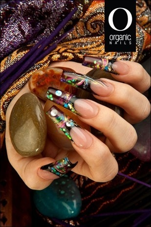 Organic Nails( I think the organic nails looks a little too pointy)☺