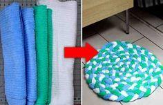Превратите старые полотенца в изумительный мягкий коврик для ванной! Отличная идея.