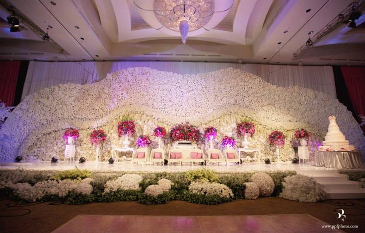 10 best images about wedding stage decor on pinterest for Arab wedding stage decoration