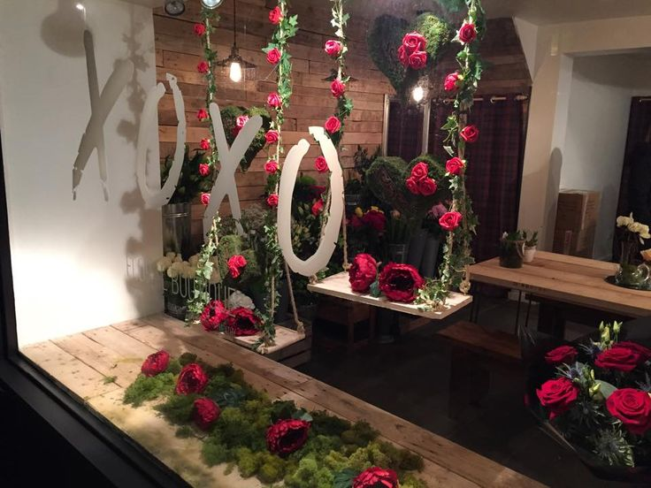 953 best window display ideas images on pinterest shop for Salon xmas decorations