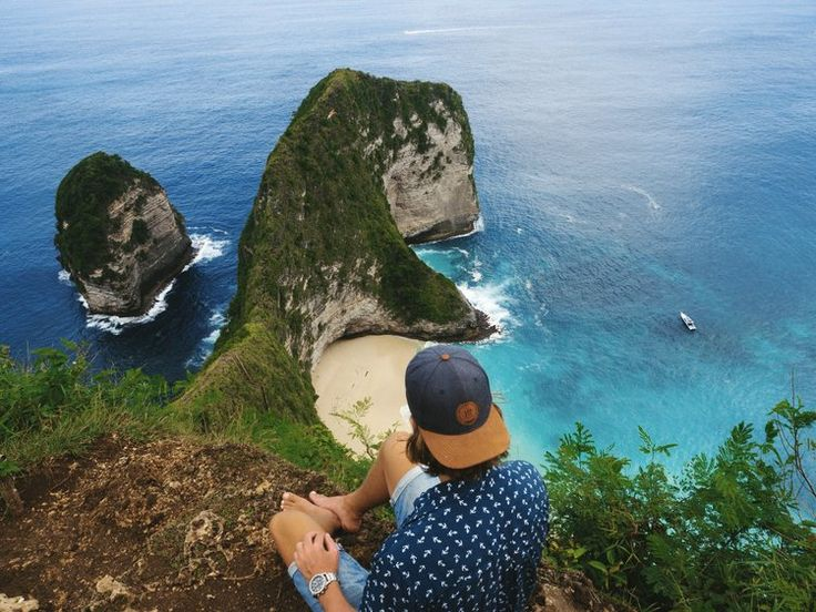 Road tripping on Nusa Penida!