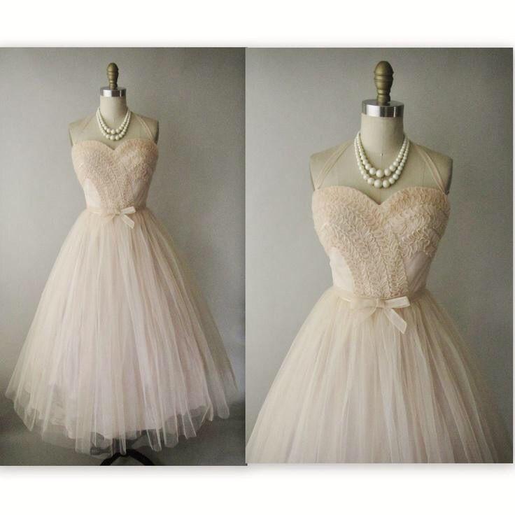 slightly vintage cream prom dress prom ideas pinterest