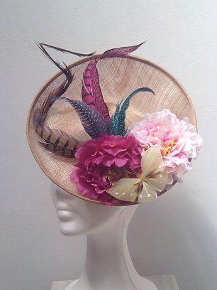 #Mariposa #Tocado #Mujer #Flores #Burdeos #Rosa #Plumas #Mujer #Fiesta