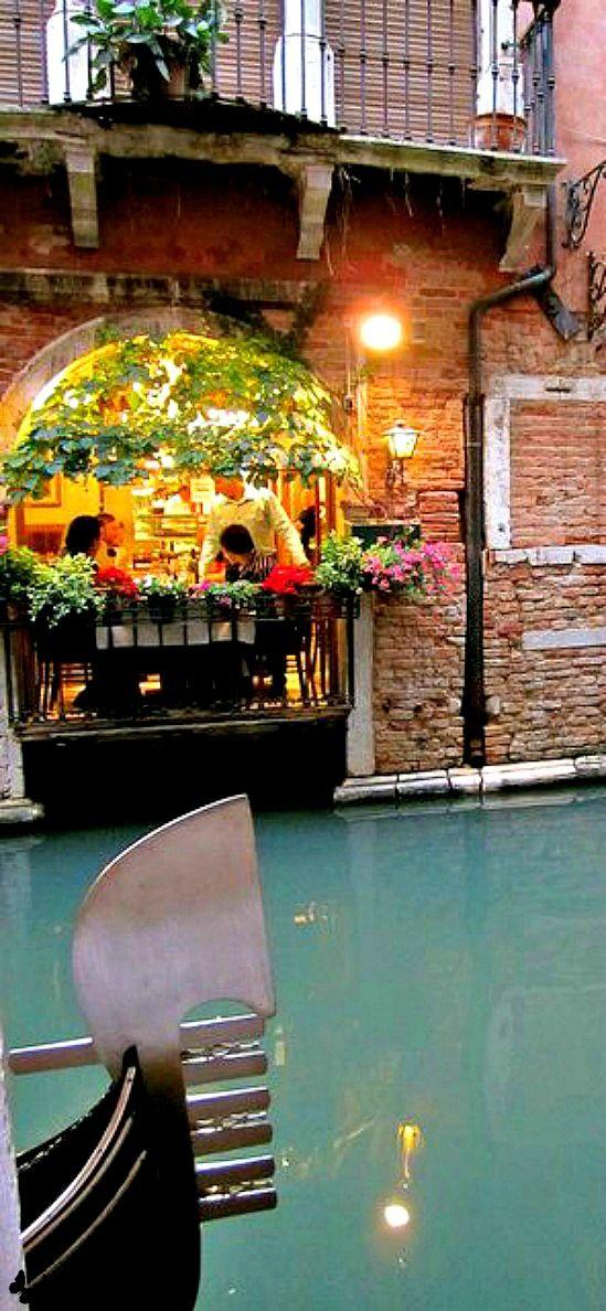 Travelling - TRATTORIA SEMPIONE • Venice, ITALY