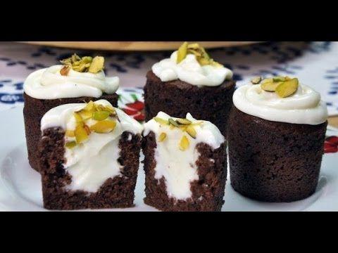 Шоколадное пирожное с кремом внутри.Супер простой и вкусный рецепт!Şahan...