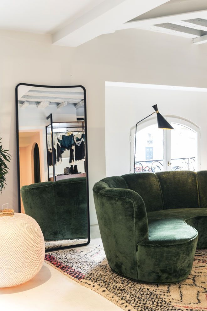 25 best ideas about sarah lavoine on pinterest maison sarah lavoine couleurs de spa and. Black Bedroom Furniture Sets. Home Design Ideas