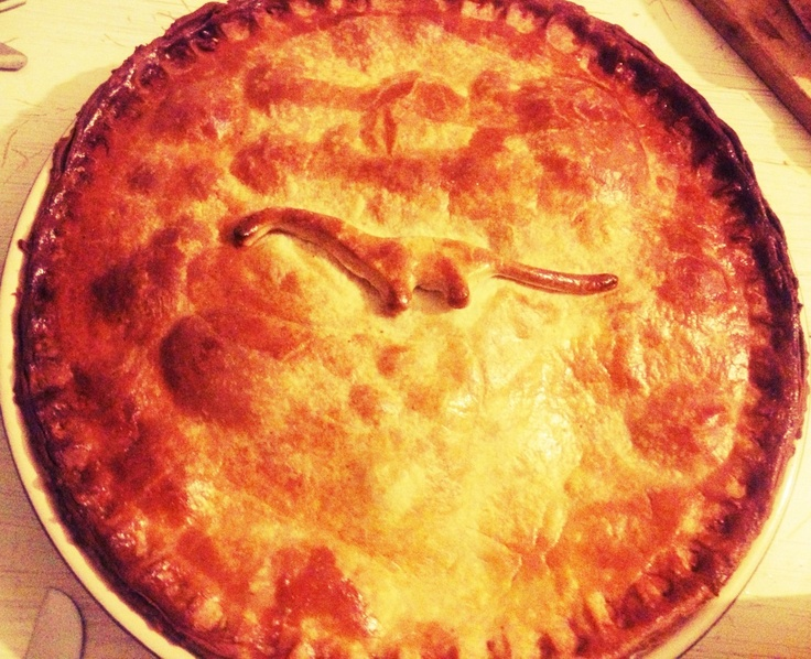 shortcrust pie with lamb and chorizo (no dinosaur...)