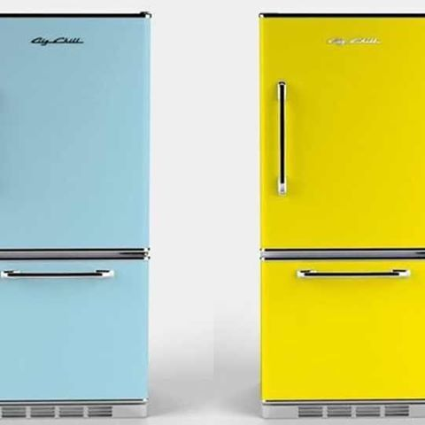 Which color would you choose: Beach Blue or Funky Yellow? Big Chill's Retropolitan fridge brings you back to the 1950's with its iconic design and bottom slide out freezer. Choose from eight standard colors or 200 custom colors #BigChill #Retro