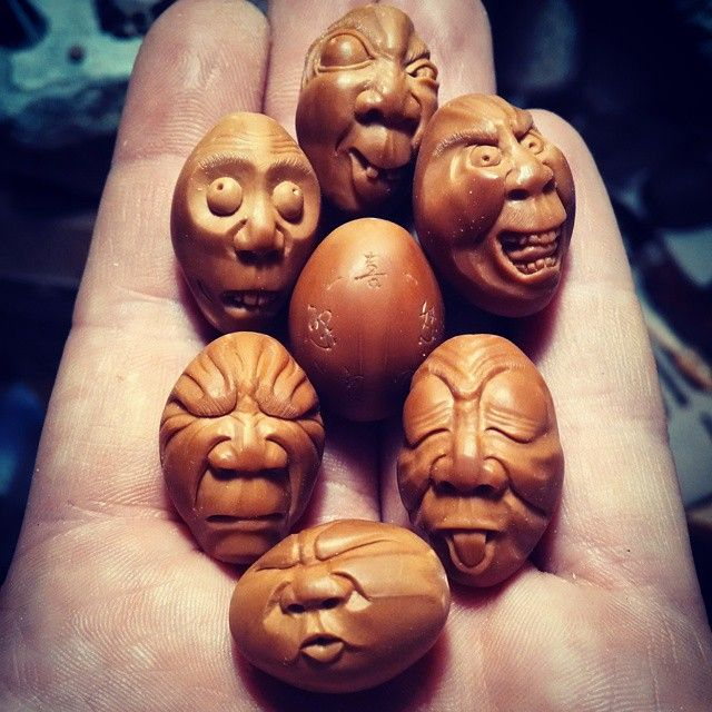 "#分享Instagram# ""Five emotions"" olive pit carving. I think my best one…"