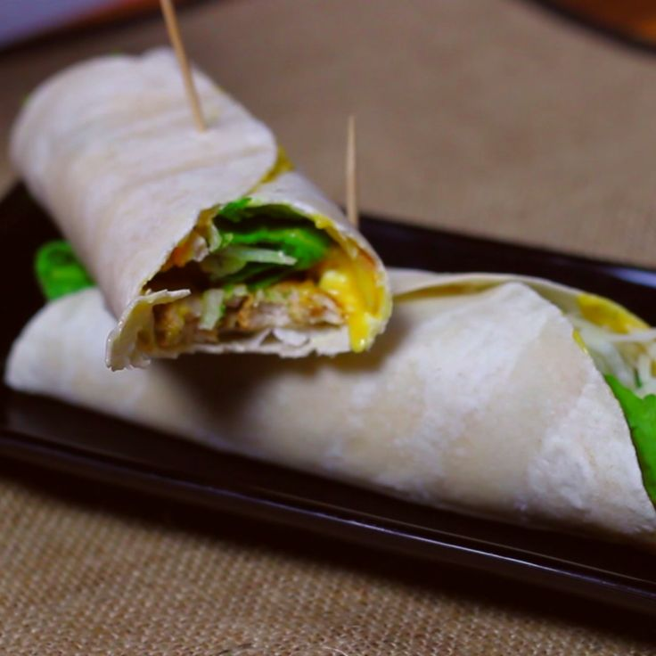 How to make a fresh chicken roll.
