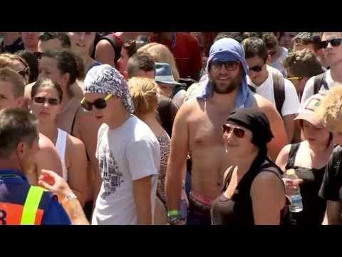 T-Mobile Festival Slide - YouTube