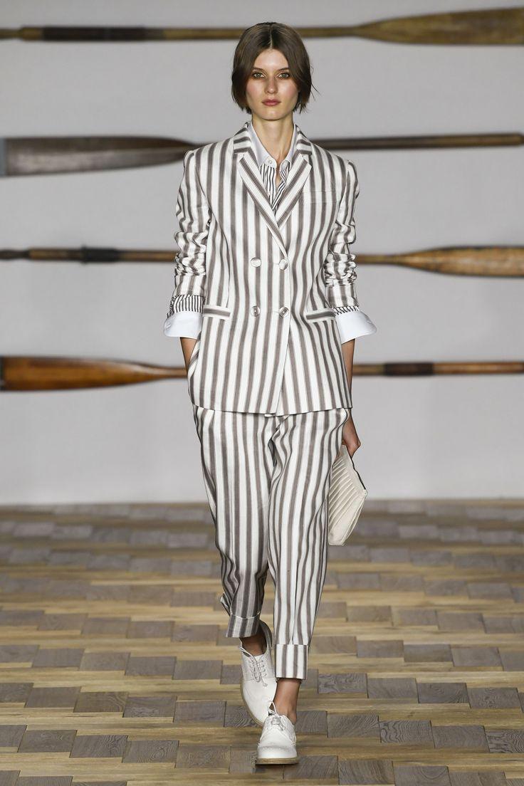 Daks Spring 2018 Ready-to-Wear Undefined Photos - Vogue