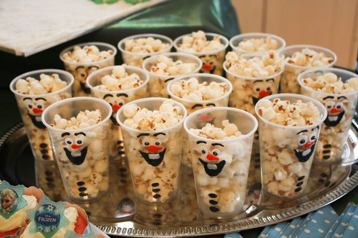 Olaf Popcorn Cups. I used puff paints from Lindcraft and Spotlight instead of textas for a more 3D effect. Inspiration from: http://www.creativekidsnacks.com/2012/12/10/snowman-popcorn-cups/