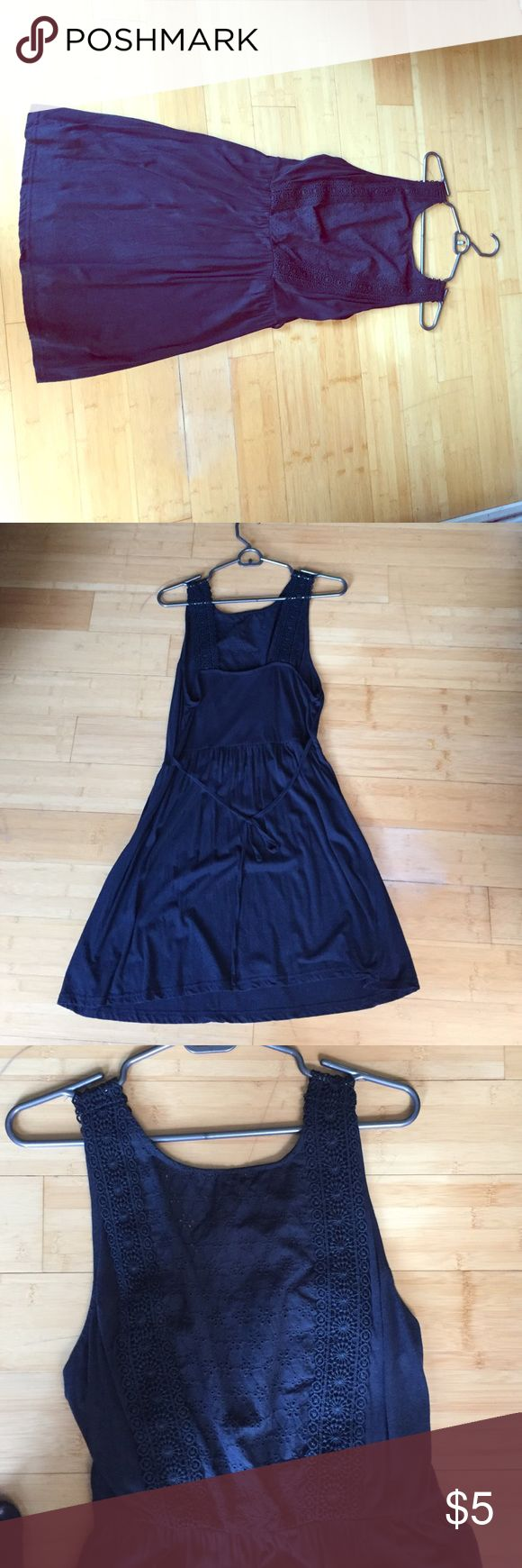 Primark Empire Waist Dress 💯 cotton! Great for summer. Tie at waist. Hits just above the knee on me and I'm 5 ft 6. Worn twice! Goes great with pearl and a cardigan! Primark Dresses Mini