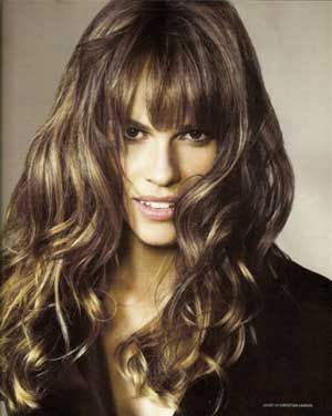 natural beauty: Beauty Women, Hilary Swank, Curly Hairstyles, Hairs Cut, Favorit Hairstyles, Hairs Bangs, Hillary Swank, Wigs, Bangs Hairstyles