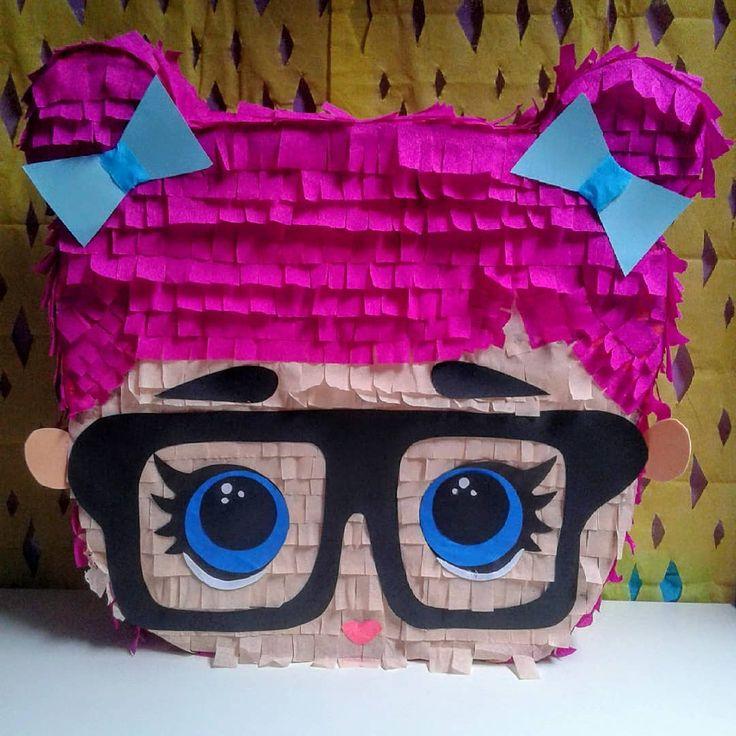 LOL SURPRISE Piñata !! Es sind so viele entzückende Puppen. . Welches ist dein Lieblings…   – Sophia's 6th Birthday