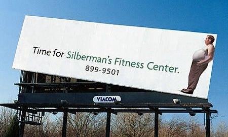 Problem z nadwagą? W ten niecodzienny sposób postanowiło się promować centrum fitness.