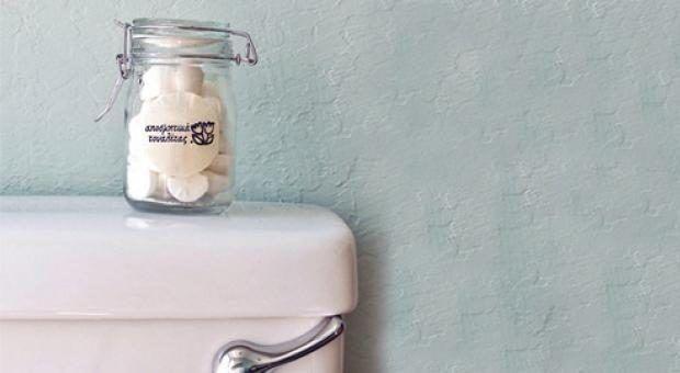 Σπιτικό κόλπο για κάτασπρη λεκάνη τουαλέτας!!!