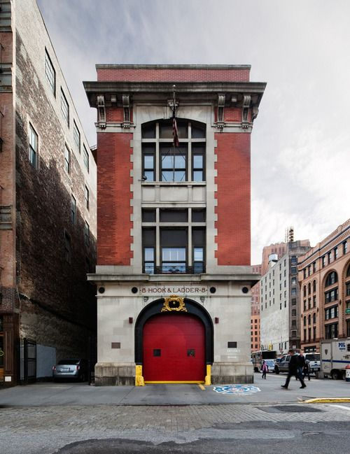 I would kill to live in an old firehouse in New York City.  Ghostbusters!