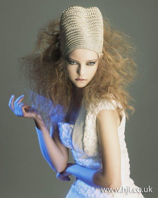 2011 British Avant Garde finalist Chie Sato 06