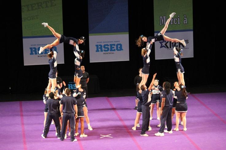 @UQAM   Université du Québec à Montréal   Université du Québec à Montréal #FiertéUQAM #cheerleading #cheer #team #pyramide