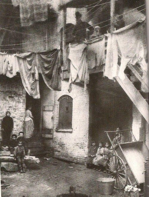 New York City 1885.